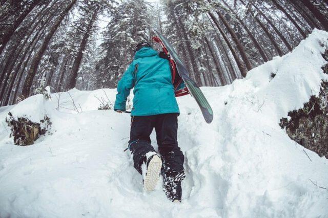 jak wybrać deskę snowboardową